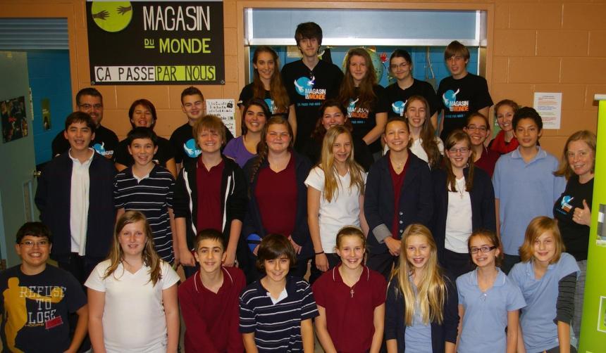 «Magasin du monde» de l'école secondaire De Mortagne.